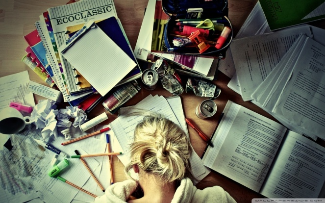 girl_studying-wallpaper-960x600